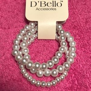 Three for one pearl stretch bracelets